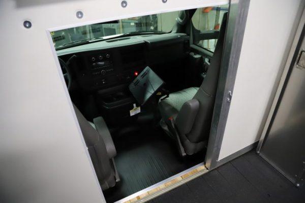 Hurricane – Mobile office and sliding door